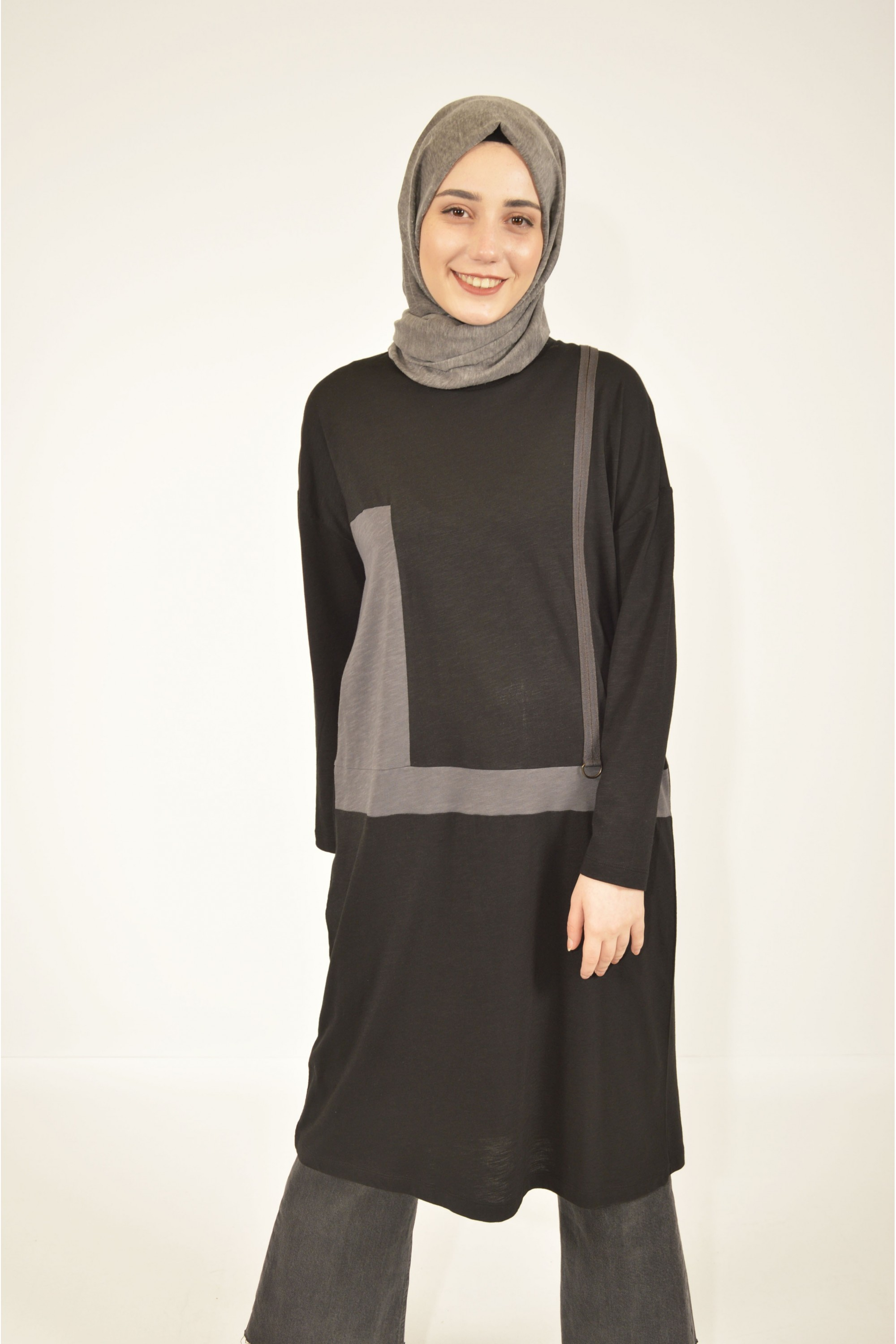 Accessory Detailed Garnished Tunic