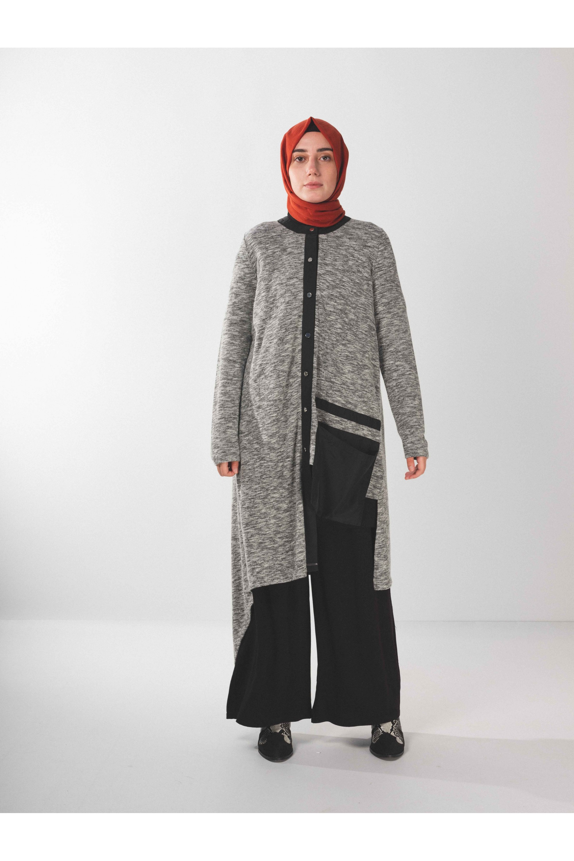 Asymmetric Cardigan With Buttons