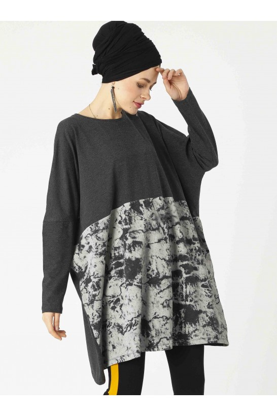 Oversize Bat Sleeve Tunic